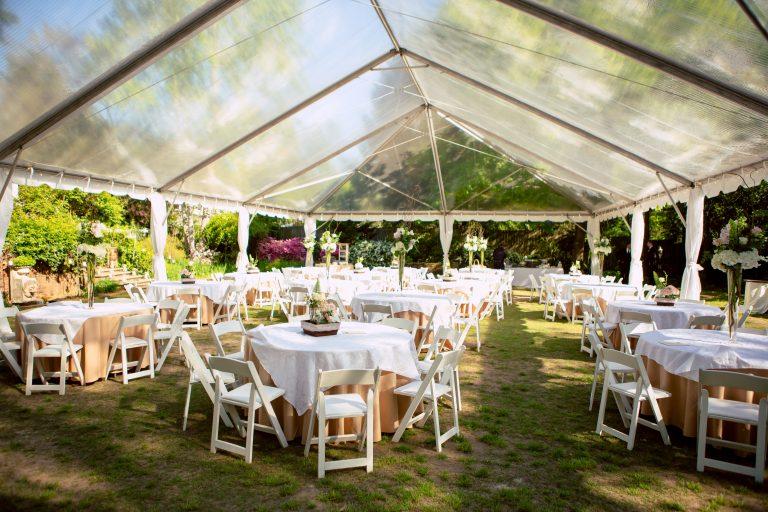 View More: http://oncelikeaspark.pass.us/natalie--greg--wedding