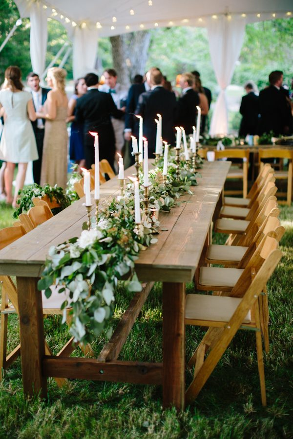 Farm-Table-with-Natural-Wood-Chairs